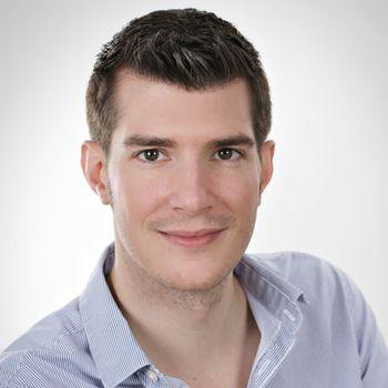 Dr. Simon Haas