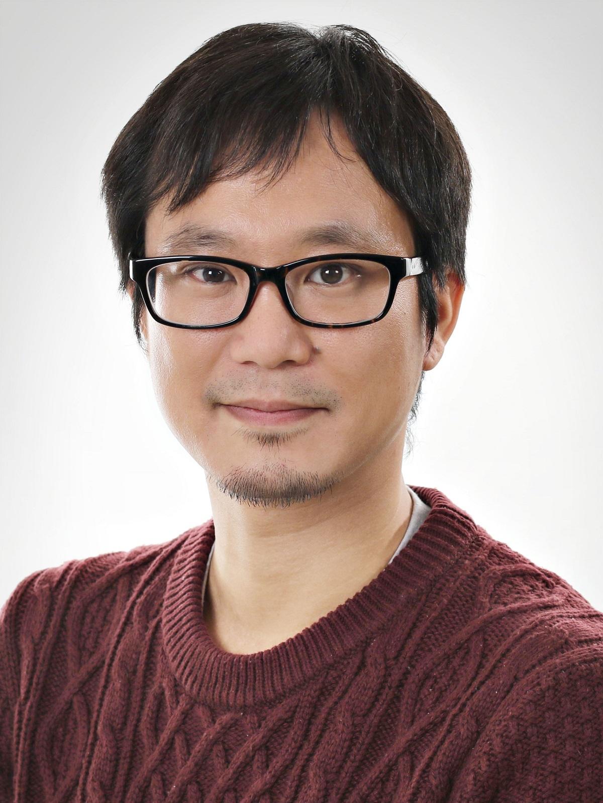 Dr. Tsunaki Hongu