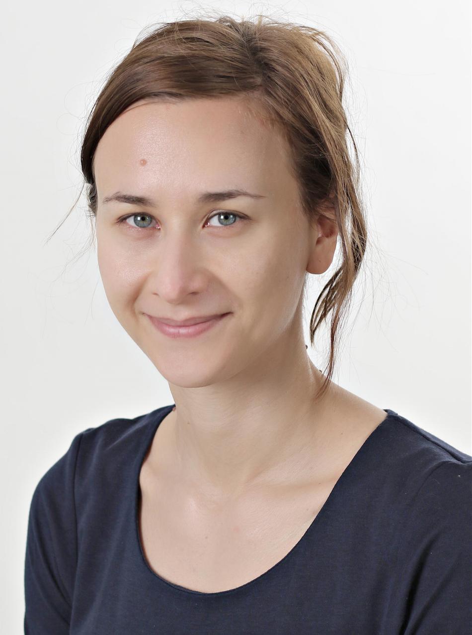 Dr. Darja Karpova